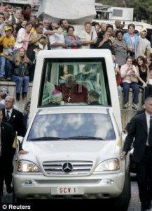 Old Popemobile